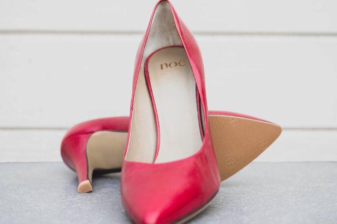 Woman Shoe Repair2