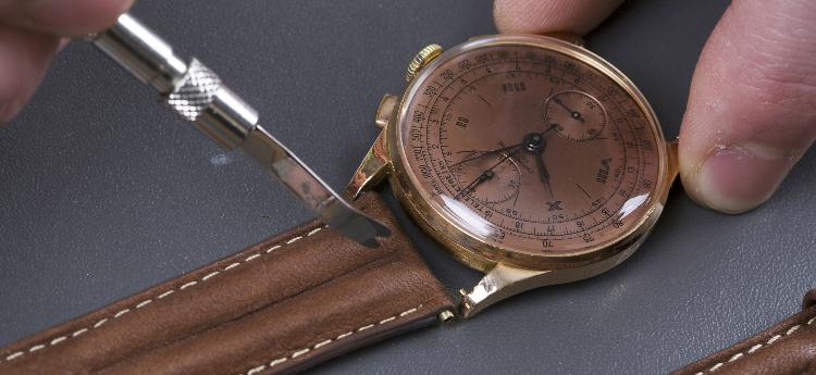 Muda de correias de relógio