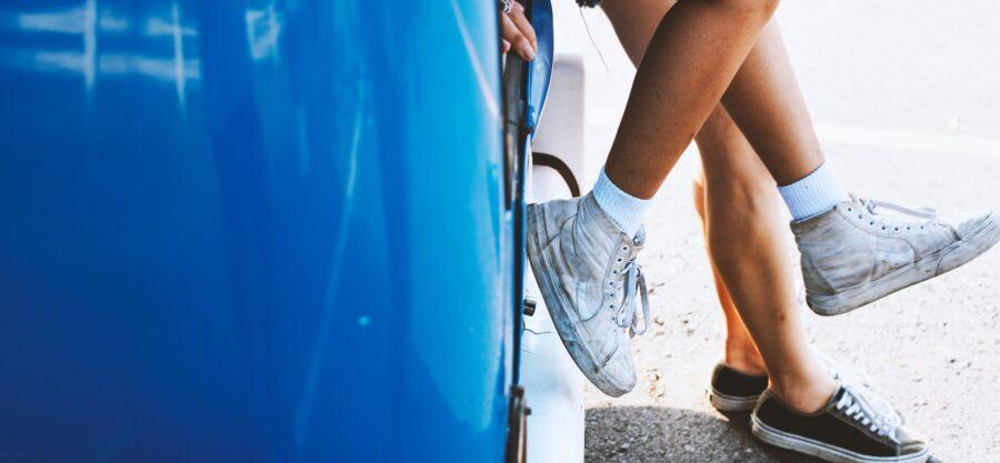 Hoe maak je je sneakers schoon als je niet veel tijd hebt?