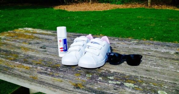 How to make your sneakers white again?